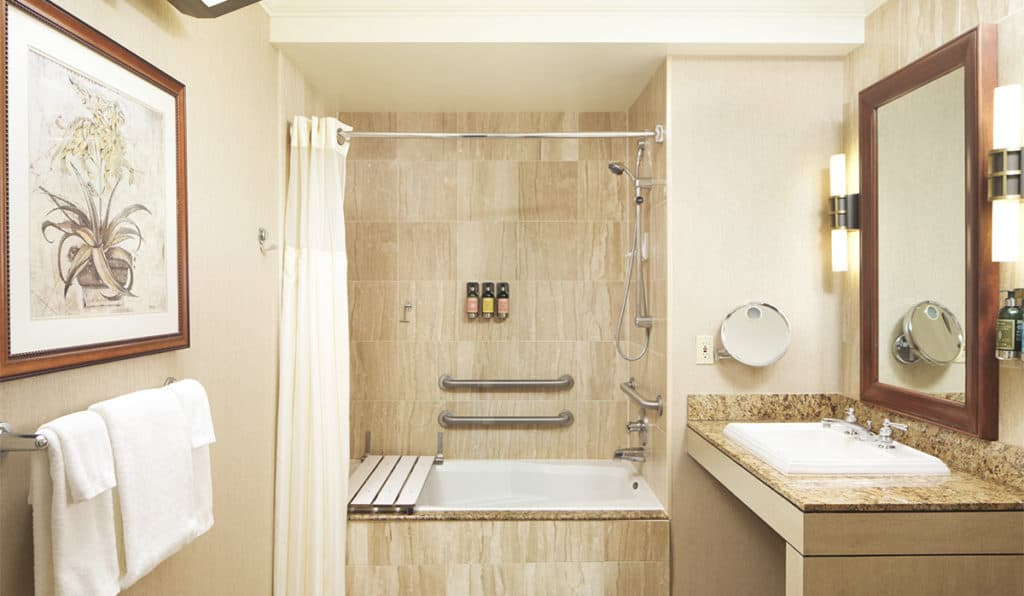 Davenport Lusso Standard room Bathroom