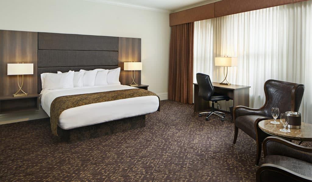 Davenport Lusso Suite Bedroom