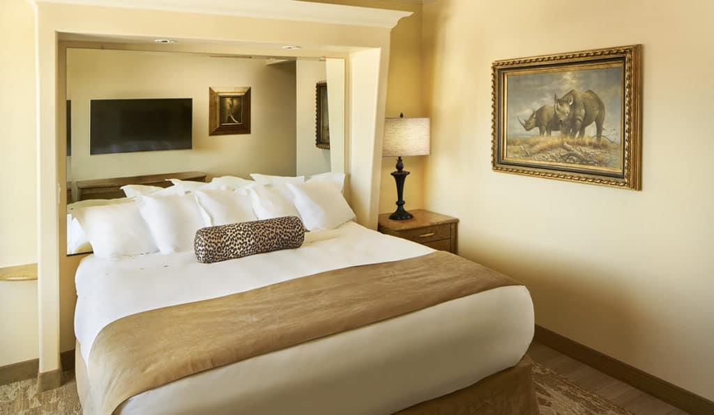 Bedroom | Standard Room | Davenport Tower