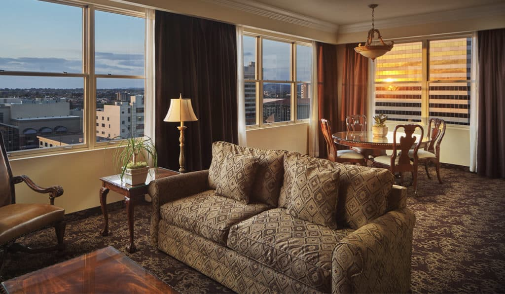Governor Suite Living Space | Historic Davenport