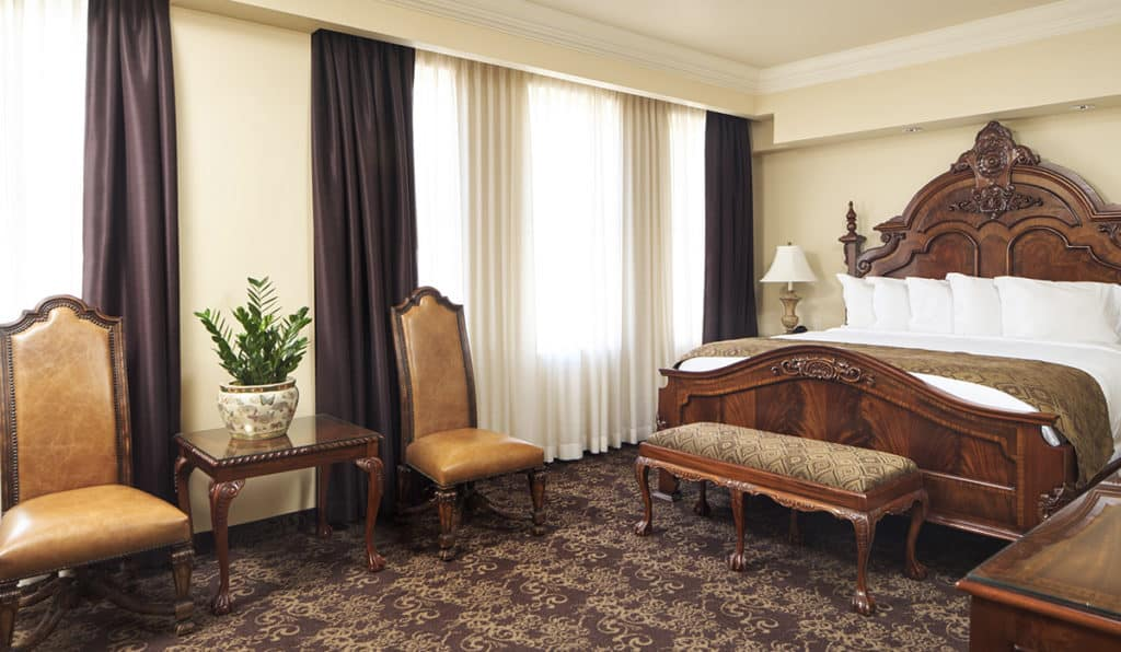 Governor Suite bedroom- King Bed | Historic Davenport