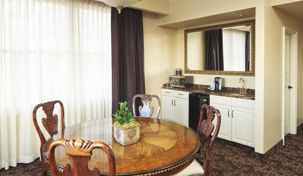 Governor Suite- table and Bar | Historic Davenport
