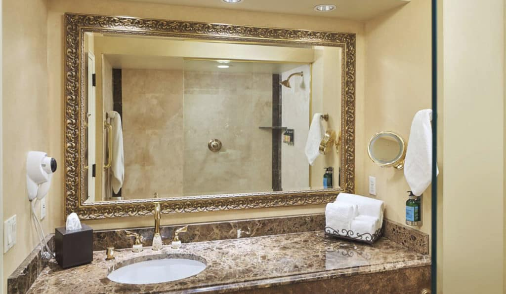 Bathroom | Historic Davenport