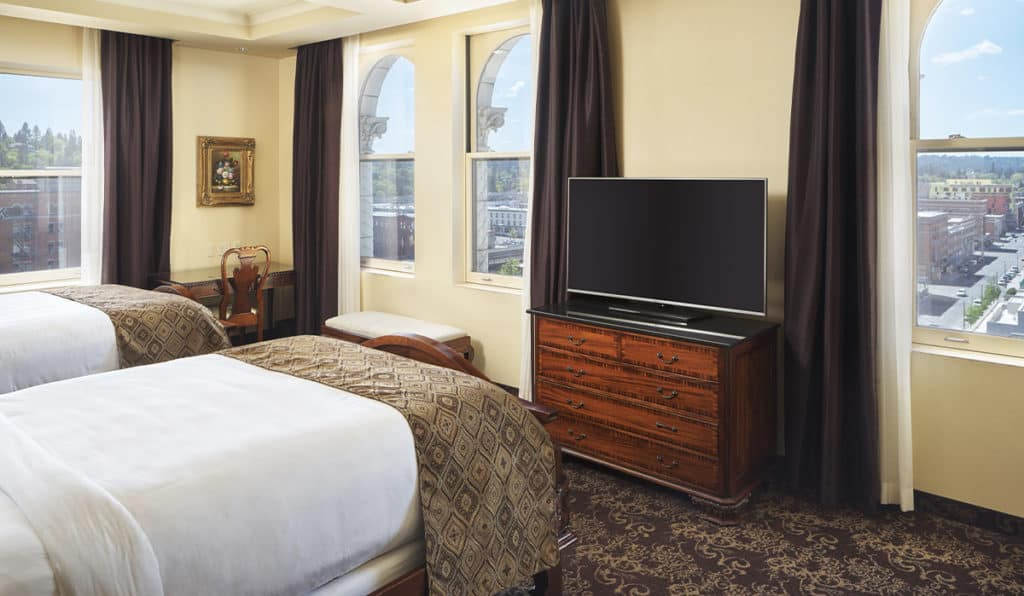 Superior Room- Two Queen beds and TV | Historic Davenport