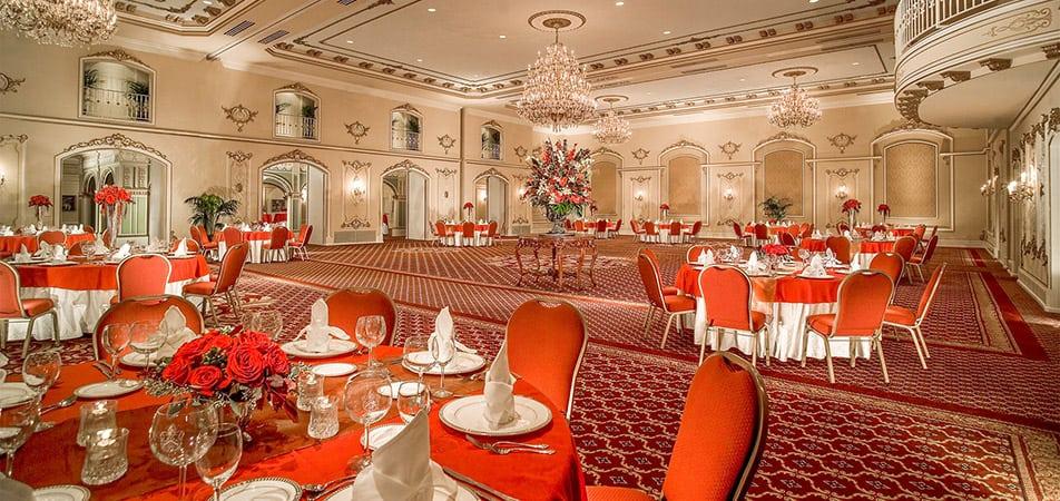 Pennington Ballroom | Historic Davenport | Red Circle Tables