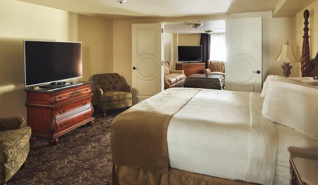 View of room | Historic Davenport