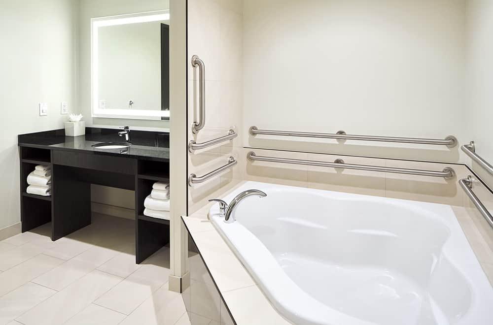 Penthouse Bathroom | Davenport Grand