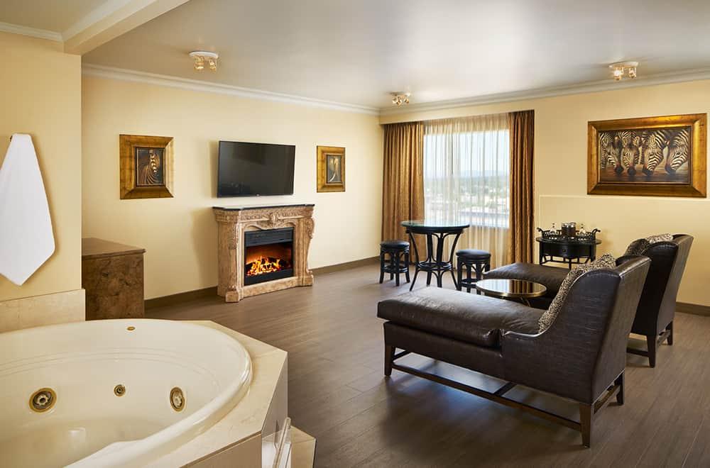 Davenport Tower | Honeymoon Suite | Fireplace