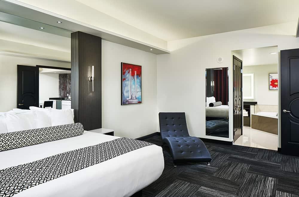 Davenport Grand | Bedroom