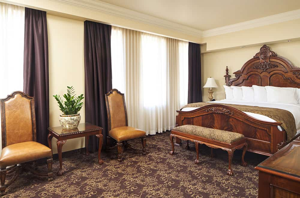 King Bed | Rooms | Historic Davenport