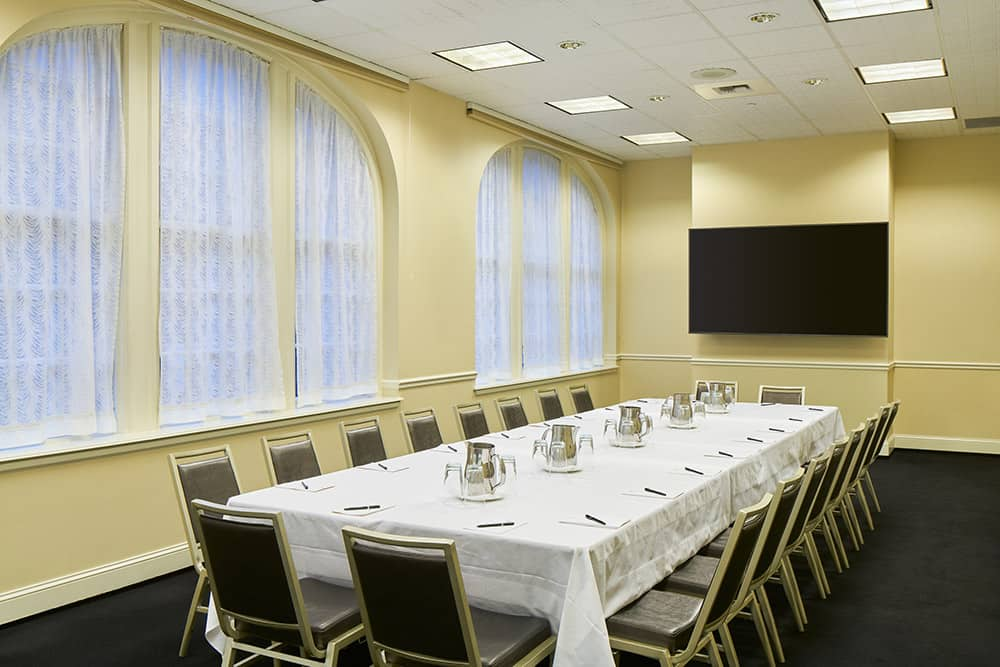 Meeting rooms Long table and chairs | Historic Davenport